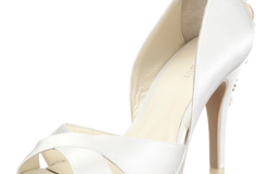 Beautiful Menbur Ivory Bridal Shoes